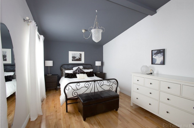 Room-Grey-2